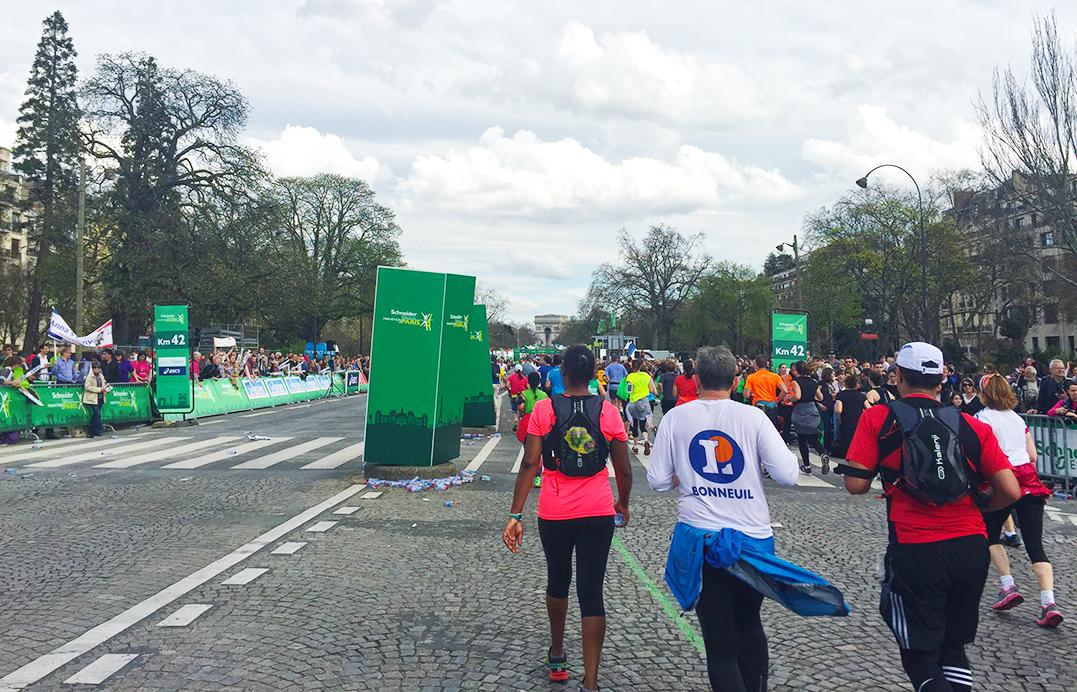 Paris Marathon 2016 42 km