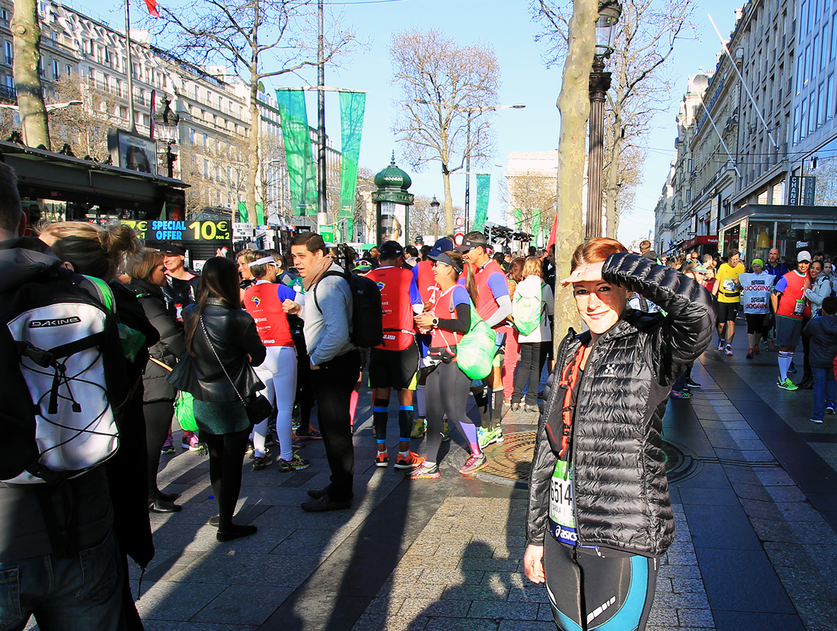 Paris Marathon 2016 Carola Keßler Start
