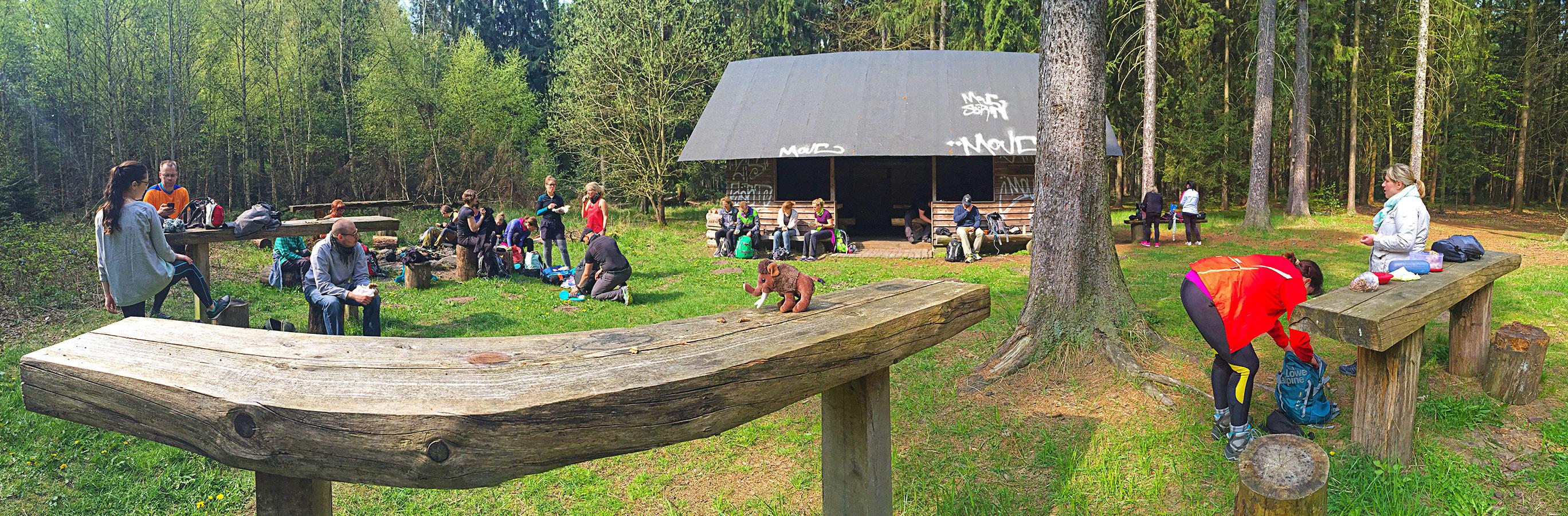 Mammutmarschtraining 7 Pause1 Panorama