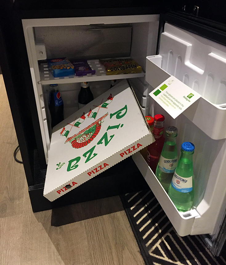 dresdenhm_pizza-minibar